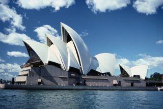 澳大利亚旅游业在疫情冲击下苦苦挣扎