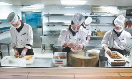厨房冷菜间卫生管理制度